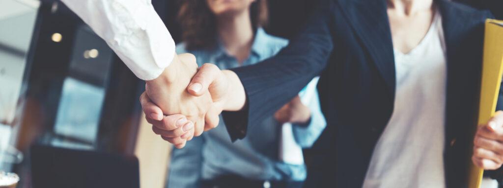 Unternehmensnachfolge Handschlag 1